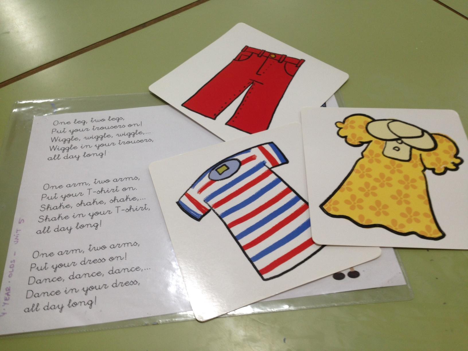 Shirts, skirts, pyjamas,… in the classroom!!